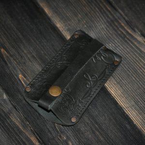 """Ключница """"V"""" из натуральной кожи"""